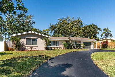 Boynton Beach Single Family Home For Sale: 2635 SW 8th Street