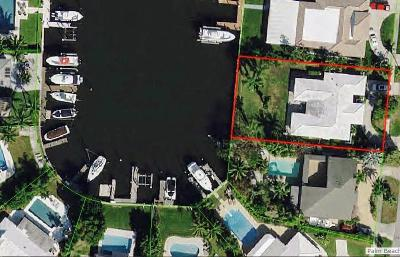 North Palm Beach FL Single Family Home Contingent: $800,000