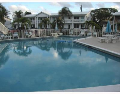 Ocean Ridge Condo For Sale: 5505 Ocean Boulevard #11-107