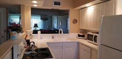 Boca Raton Condo For Sale: 23099 Barwood Lane #203