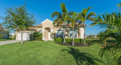 Vero Beach Single Family Home For Sale: 649 Tangelo Circle SW