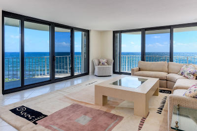 Palm Beach Condo For Sale: 3360 S Ocean Boulevard #3dii