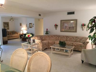 Boynton Beach Condo For Sale: 10757 Bahama Palm Way #102