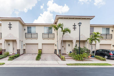 Delray Beach Townhouse For Sale: 125 Longport Circle #1c