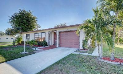 Delray Beach Single Family Home For Sale: 14646 Shadow Wood Lane