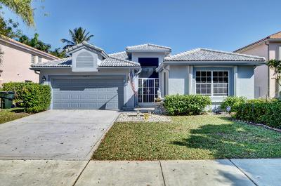 Delray Beach Single Family Home For Sale: 4055 Laurelwood Lane