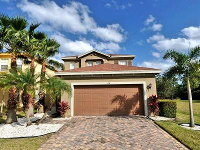 Fort Pierce Single Family Home For Sale: 120 Blue Grotto Drive