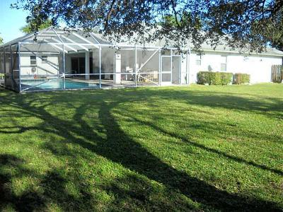 Wellington Single Family Home For Sale: 1385 Chappard Court