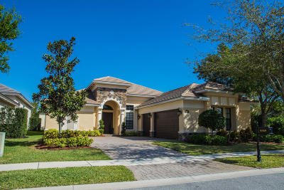 Boynton Beach Single Family Home For Sale: 9369 Equus Circle