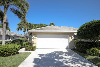 Port Saint Lucie Single Family Home For Sale: 1531 NW Amherst Drive #A