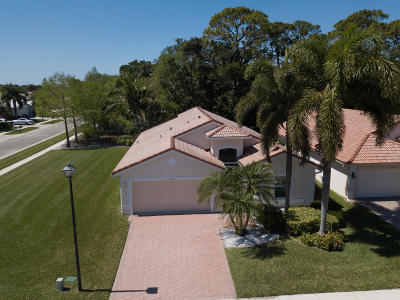 Boca Raton Single Family Home For Sale: 22716 Royal Crown Terrace E