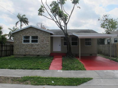 West Palm Beach Single Family Home For Sale: 944 Market Street