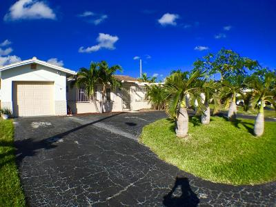 Boca Raton Single Family Home For Sale: 555 NW 50th Place