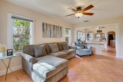 West Palm Beach Single Family Home For Sale: 829 Annette Court