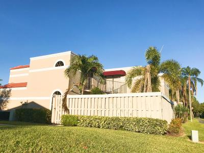 Delray Beach FL Townhouse For Sale: $199,999