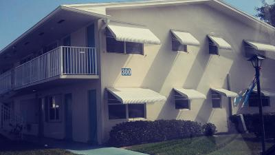 Boynton Beach Condo For Sale: 300 Horizons W #203