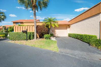 Boynton Beach Single Family Home For Sale: 5389 Stonybrook Lane