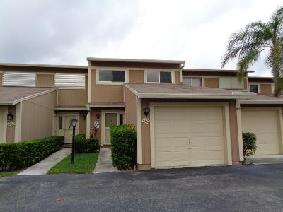 Jupiter Townhouse For Sale: 363 Maplecrest Circle