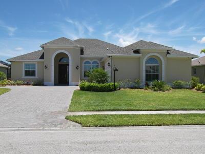 Vero Beach Single Family Home For Sale: 768 Fortunella Circle SW