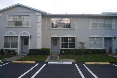 Greenacres FL Townhouse For Sale: $189,000
