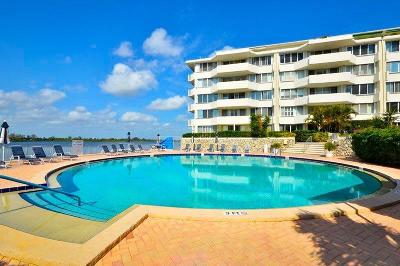 Palm Beach Condo For Sale: 2773 S Ocean Boulevard #515