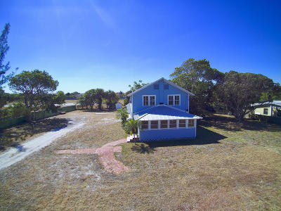 Tequesta Single Family Home For Sale: 4518 County Line Road
