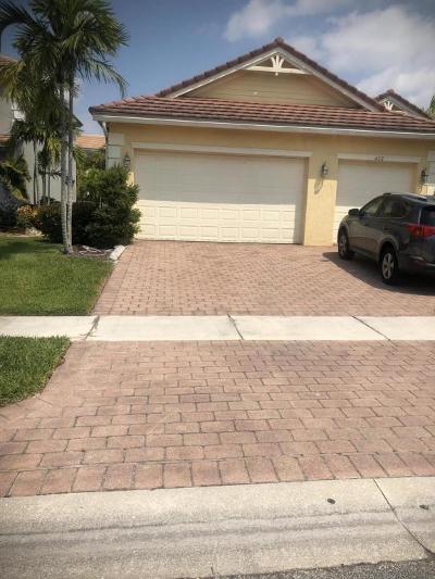 Single Family Home For Sale: 432 Saint Emma Drive