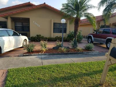 Miami Single Family Home For Sale: 13942 SW 25th Street
