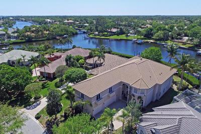 Jupiter Single Family Home For Sale: 8871 SE Compass Island Way