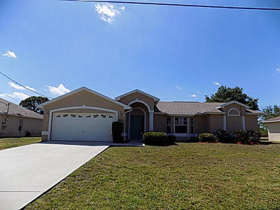 Port Saint Lucie Single Family Home Contingent: 6950 NW Daffodil Lane