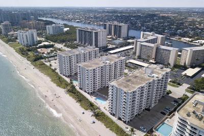 Highland Beach Condo For Sale: 3215 S Ocean Boulevard #707