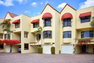 Juno Beach Townhouse For Sale: 170 Celestial Way #4-5