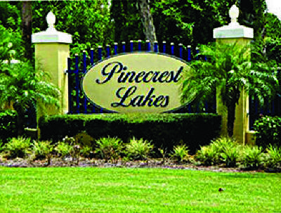 Jensen Beach Single Family Home For Sale: 2610 NE Pinecrest Lakes Boulevard