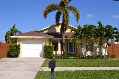 Boca Raton Single Family Home For Sale: 2300 NW 5th Avenue