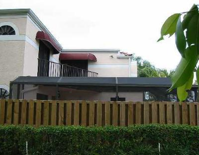 Delray Beach Townhouse For Sale: 3660 Village Drive #B