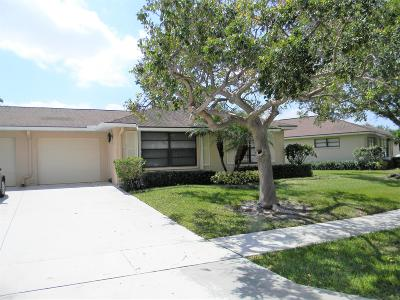 Boynton Beach Single Family Home For Sale: 4260 Pear Tree Circle #B