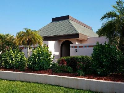 Port Saint Lucie Single Family Home For Sale: 3319 SE La Prado Court