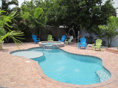 Jensen Beach Single Family Home For Sale: 1605 NE Hilltop Street