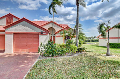 Delray Beach Single Family Home For Sale: 7549 Lexington Club Boulevard #B