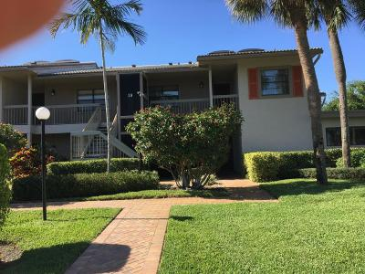 Boynton Beach Condo For Sale: 39 Eastgate Drive #D