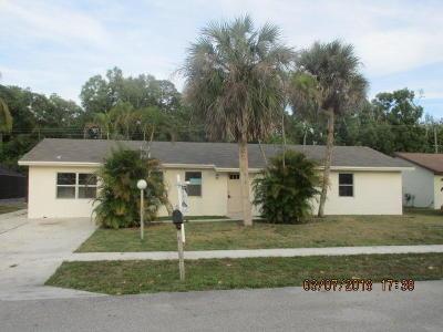 Lake Worth Single Family Home For Sale: 5740 Adair Way