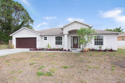 Port Saint Lucie Single Family Home For Sale: 378 SW Kestor Dr.