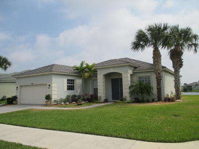 Port Saint Lucie Single Family Home For Sale: 309 SW Lake Forest Way