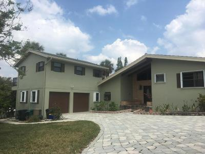 Boynton Beach Single Family Home For Sale: 10 Harbour Drive S