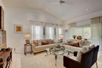 Lake Worth Condo For Sale: 10315 S Andover Coach Lane #B1