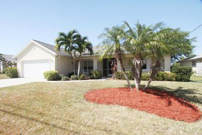 Port Saint Lucie Single Family Home For Sale: 513 SW Whitmore Drive
