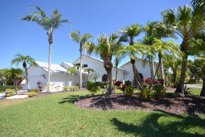 Boca Raton Single Family Home For Sale: 10795 Boca Woods Lane