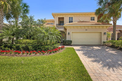 Jupiter Single Family Home For Sale: 220 Carina Drive