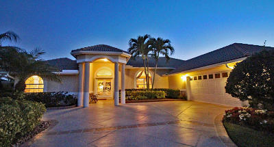 Hobe Sound Single Family Home For Sale: 8161 SE Double Tree Drive