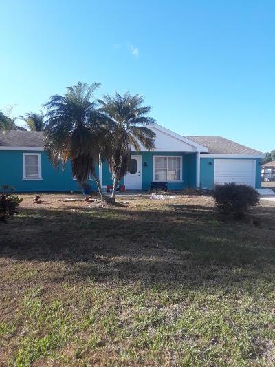 Port Saint Lucie Single Family Home For Sale: 2118 SE Flagstone Court